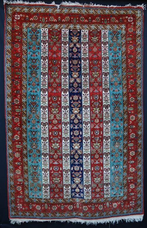 old quom rug quom central persia
