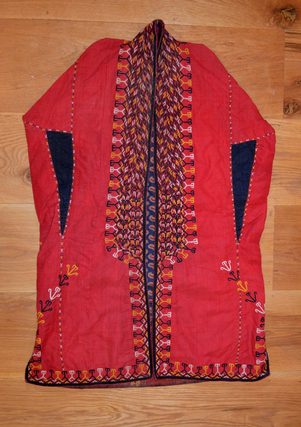 antique chyrpy coat tekke turkmen tribes turkmenistan central asia