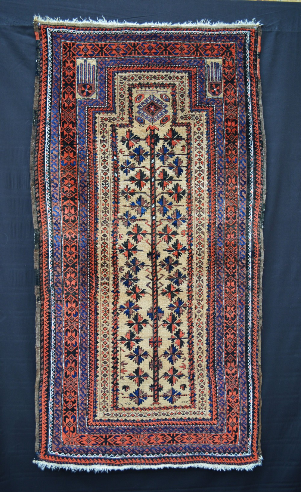 antique prayerrug baluch tribes khorassan province northeast persia